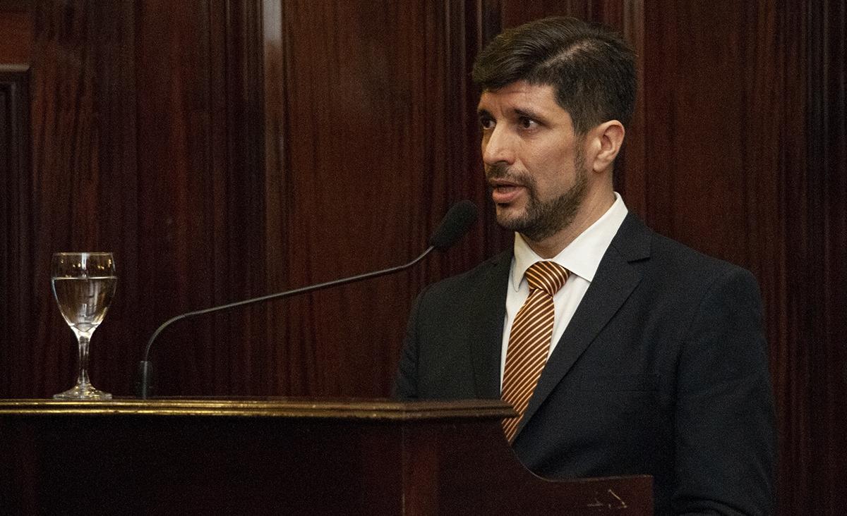 Guillermo Espinosa Viale: abogado, asesor de Grupo Argentino por el Uso Racional de los medicamentos que se presentó como amicus curiae